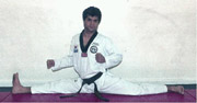 Grandmaster Vohra demonstrates stretching